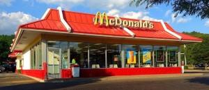 praca i zarobki w McDonald's