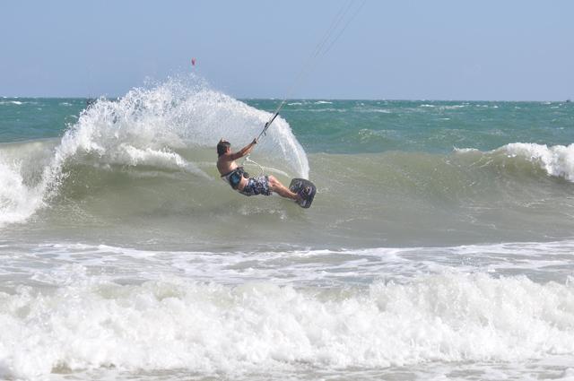 Czy kupować swój sprzęt do kitesurfingu?